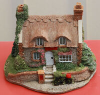 Lilliput Lane Mrs Pinkerton's Post Office L504 complete with Deeds