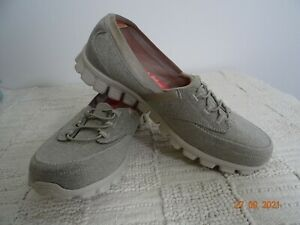 New SKECHERS Grey Flat Shoes Size 7