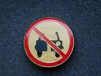 VINTAGE METAL PIN DON'T DRINK & DRIVE