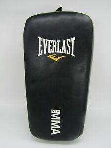Everlast Kick Pad MMA Mui Tai Karate Martial Arts Foam Training Pad (Used)