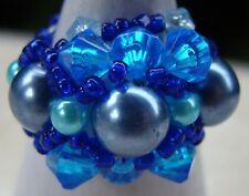 Bague fantaisie bleue perles de rocaille perle culture artisanat Indonésie Bali