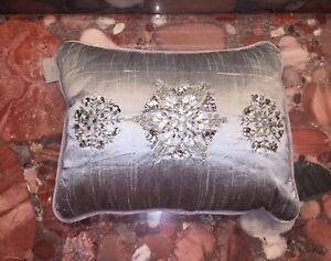 "NWT Kim Seybert Christmas Snowflakes Silver Jewel Beaded Throw Pillows 12""x16"""
