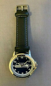 SEATTLE SEAHAWKS CLASSIC MEN'S SPORT WATCH OFFICIALLY LICENSED PRODUCT (BLACK)