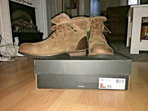 UGG LARUS Chestnut Leather boots, size 11.5, NIB!