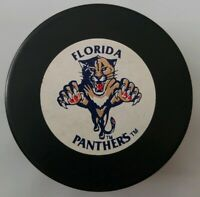 FLORIDA PANTHERS NHL VTG RARE OFFICIAL VEGUM + TRENCH MFG. HOCKEY PUCK MADE-CSFR