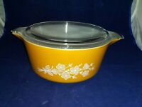 Vintage Pyrex Butterfly Gold 2.5 QT. 475  Bowl EXCELLENT CONDITION With Lid