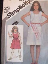 Easy VTG 82 SIMPLICITY 5559 Girls Pullover Sundress or Jumper PATTERN 8/27B UC