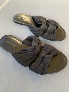 Country Road Black Fabric Knot Flats Size 37