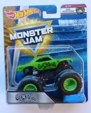 Hot Wheels Monster Jam Truck  GAS MONKEY GARAGE  With Re-Crushable Car Rare !!