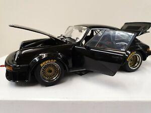Exoto 1:18 18091 1976 black Porsche 934 RSR