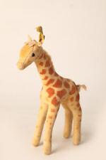 Steiff  kleine Giraffe, mit Fahne - ohne Brustschild,  ca 17 cm (56863)