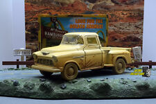 1:32 KINSMART 1955 CHEVY STEPSIDE PICKUP  - Yellow -  Perfect for Diorama use