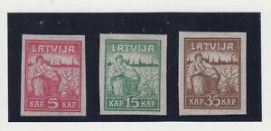 LETTLAND.1919 BEFREIUNG von RIGA.MI.NR.25-27Y ZIGARETTENPAPIER.