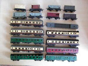 Tri-ang TT - Quantity of Coaches & Wagons