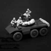Resin 1/35 US Armored Car Crew 4 Figures W/Stowage unpainted unassembled 4601