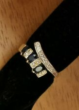 3 Blue Sapphire stone 18ct yellow gold ring