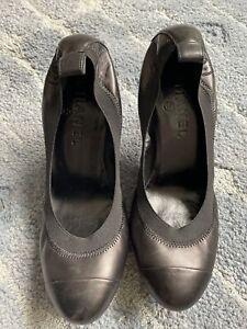 CHANEL   Black/Black Cap Toe Pumps Size EU 37.5  Vintage