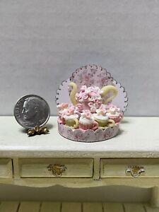 Artisan Floral Tea Pot Cake & Cupcakes Display Dollhouse Miniature 1:12