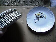 lot de 11 assiettes anciennes Amandinoise St Amand décor fleur christine
