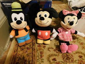 "Lot 2009 Mattel 11"" Plush Talking MICKEY MOUSE & GOOFY Disney Stands + MINNIE"