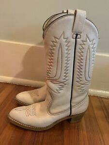 Vintage Early 80's White Urban Cowboy Boots (Women's Cowgirl Boots) Size 7.5