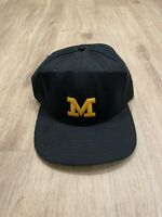 Vintage New Era Michigan Wolverines Hat RARE Fitted Cap 7 3/8 VTG90 Made In USA