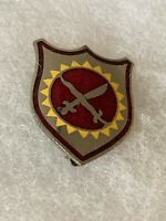 Authentic WWII US Army 4th Field Artillery Regiment Unit DI DUI Crest Insignia