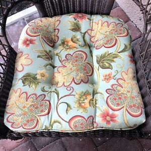Pier One 1 Imports Floral Paisley Floral Indoor Outdoor Chair Seat Cushion x2