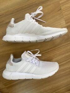 Adidas Swift Run White Size 8 Sneakers