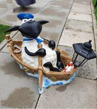 Deko Figur Schaf Molly im Boot mit Laterne Gartenteich Gartenfigur #1923