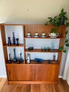 Vintage MID CENTURY TEAK Room Divider / WALL UNIT - SHELVES DISPLAY
