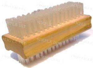 Natural Wooden Nail Brush, Quality Washing Up Nail Brush Double Sided Bristles