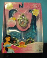 NIP Aladdin Jasmine Musical Necklace and Shoes Dress Up Halloween Costume Disney