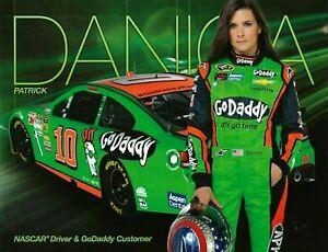 2014 DANICA PATRICK #10 SPRINT CUP SERIES STEWART HAAS RACING POSTCARD HEROCARD