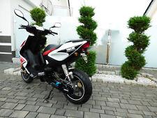 Kennzeichenhalter für Yamaha Aerox 50ccm aus Edelstahl