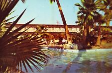 Palm fringed pool SAGA MOTOR HOTEL ANAHEIM, CA photo by Samanayna & Von Kensel