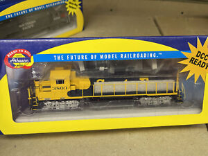 HO Scale Athearn ATSF GP40x Locomotive DCC Rdy Santa Fe Burlington Northern BNSF