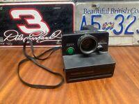 Vintage Polaroid Land Camera 2000 Green Button -- Great Condition!