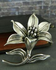 Sterling Silver Lily Flower Brooch / Pin / Pendant
