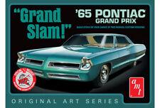 "1:25 AMT 990 - 1965 Pontiac Grand Prix ""Grand Slam,"" – OAS (WHITE) NIB"