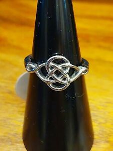 BRAND NEW STAINLESS CELTIC KNOT SILVER TONE RING SIZE D.5