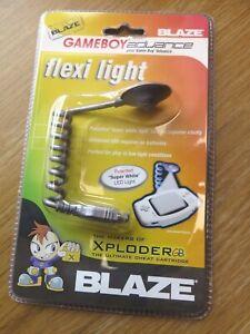 NEW 'BLAZE' SILVER FLEXI/WORM LIGHT NINTENDO GAMEBOY ADVANCE/GBA *FREE 1ST P&P*