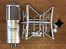 the t.bone SCT 700 Studio Röhren Großmembranmikrofon inkl. Spinne