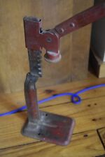 New listing Vintage Cast Iron Metal Bottle Capper Cap Press Wine Bottle Corker Cork Press