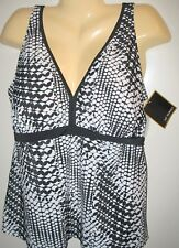 SUIT YOURSELF - NWT -  22W  - TANKINI BATHING SUIT TOP  - MSRP: $50.00