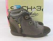 "Chocolate 2.5"" Hidden Wedge Round Toe Ankle Boot Size 6.5"