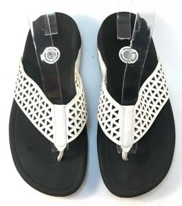 Fitflop Lattice Womens White Perforated Thong Sandals Slides Flip Flops Sz 8W