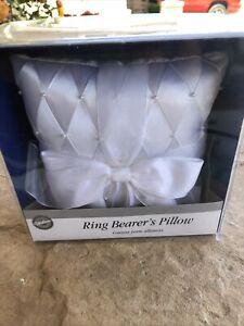Wilton brand white satin flower ring bearer pillow, pearls & ribbons