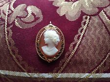 Cameo 14K Gold Ladies Brooch Pendant Pin
