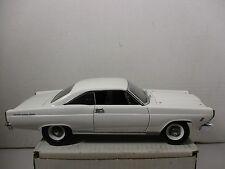 1/18 SCALE GMP WHITE 1966 FAIRLANE 500